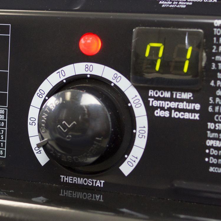 Dyna-Glo KFA220DGD Delux 180K or 220K BTU Kerosene Forced Air Heater - thermostat